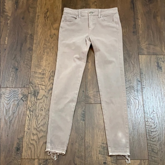 American Eagle Outfitters Denim - American Eagle tan raw hem jeggings jeans
